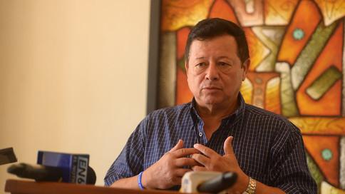 Diputado Almendáriz llamó al Congreso a elegir en tiempo al fiscal general