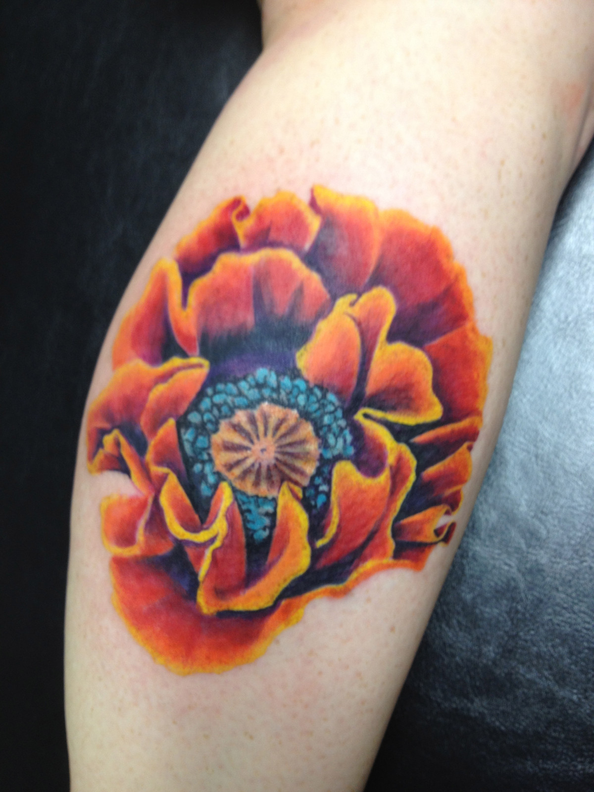 Black Lotus Tattoo Fullscreen Page