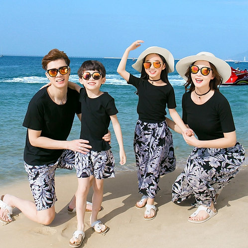 Summer Family Set Casual Mother/Father/Kid T-Shirt + Shorts  Beach