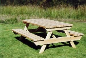 Table de jardin extérieure