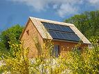 Construction Maison à ossature bois MI MOB Ambiance Bois en Limousin panneaux solaires maison autonome passive mélèze bois local