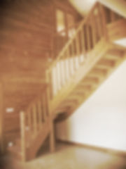 Escalier Ambiance Bois réalisé pour maison solaire Faux la Montagne, un quart tournant