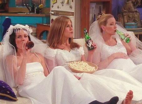Aqueles episódios em que os personagens de Friends bebem cerveja