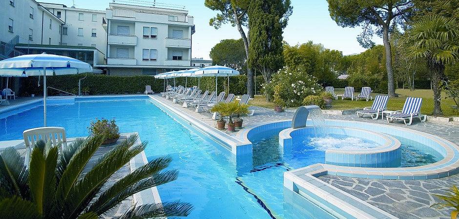 hotel-continental-montegrotto-piscine-11