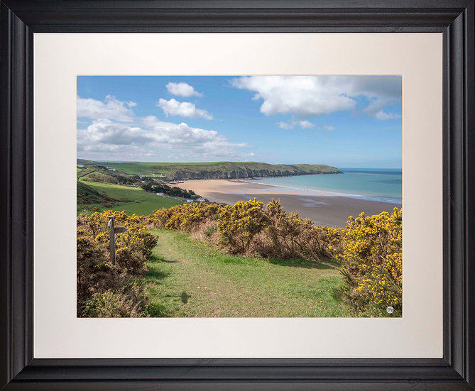 Black Framed Picture - 400 x 500mm - Woolacombe Down Junction