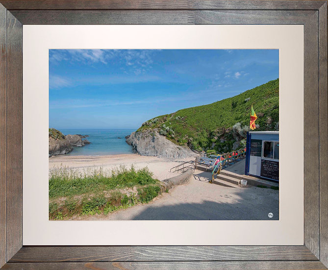 Rustic Wood Framed Picture - 400x500mm - Good Morning from Barricane