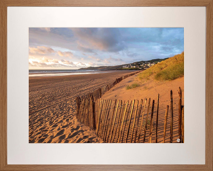 Wood Framed Picture - 400 x 500mm - Golden Fence