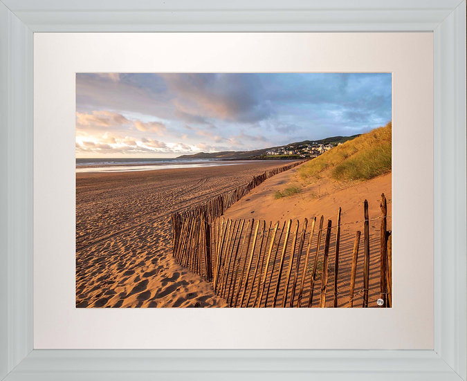 White Framed Picture - 400 x 500mm - Golden Fence