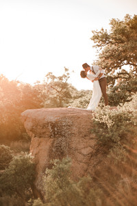 Kissing Elopement in Enchanted Rock