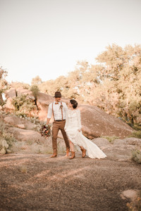 Enchanted Rock State Park Elopement Hiking