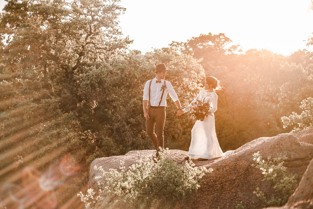 Hiking Elopement at Enchanted Rock in Fredericksburg Texas
