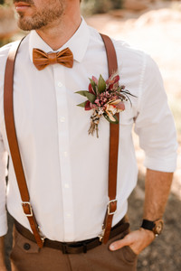 Groom Fall Elopement Boutonnière