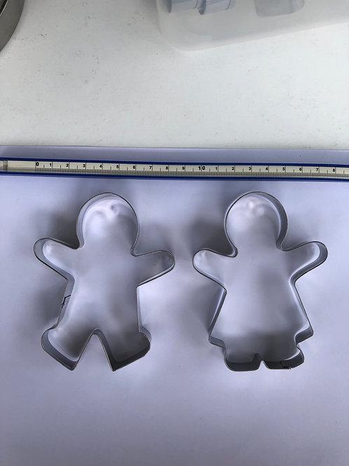 Gingerbreadmen boy and girl cutter (large)