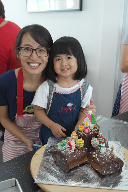 Log Cake Making Class