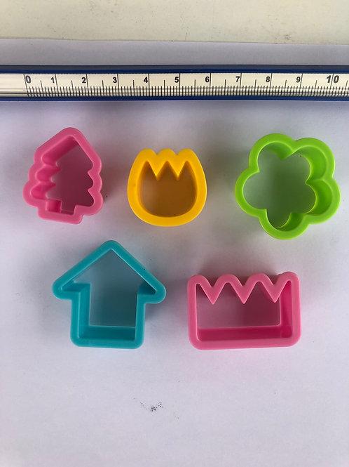 Set of random cutters