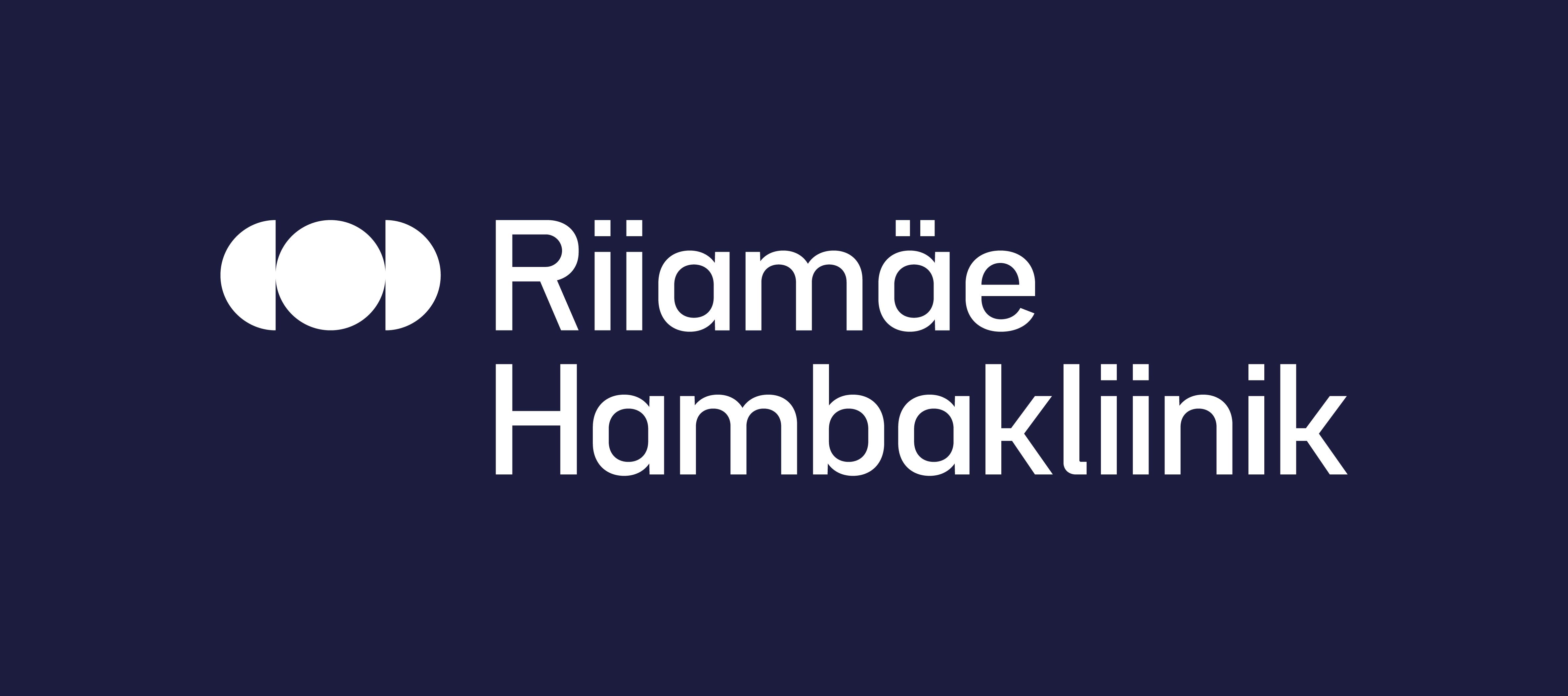 Riiamäe_Hambakliinik__negatiivis_logo