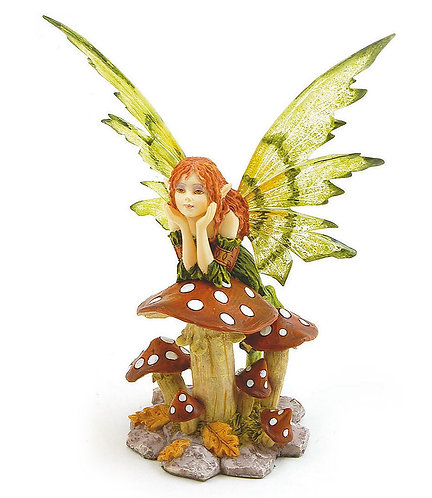 Fata appoggiata al fungo - Fairy Land by Les Alpes