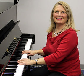 Carole Knisley Pianist, wedding performer, wedding singer, musician, live bands, event entertainment, wedding bands for hire, musical band near me