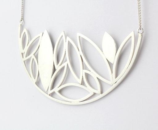 Leaf Arc Necklace