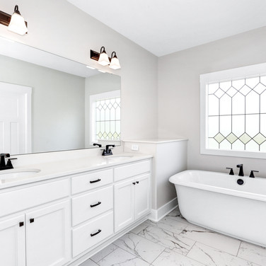 The Bethany bathroom with double skins and soaking tub.