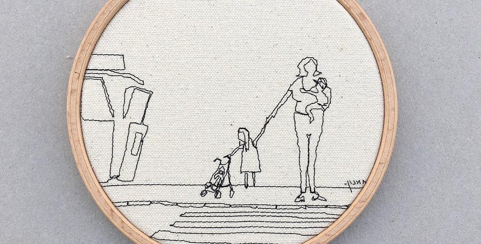 Sewn sketch hoop14cm - mom +2