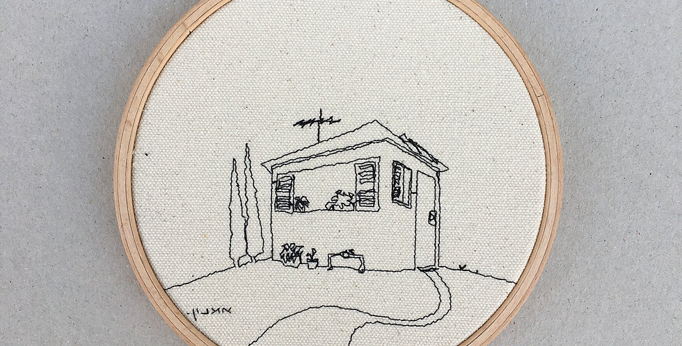 sewn sketch hoop14cm - house on a hill