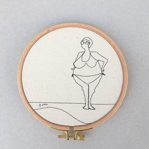 sewn sketch hoop14cm - woman
