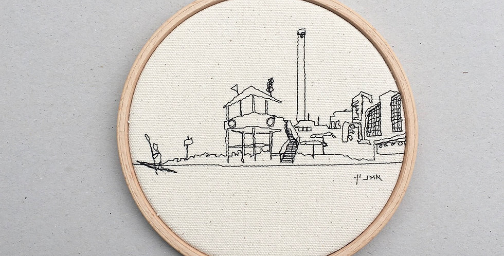 sewn sketch hoop14cm - beach and reading