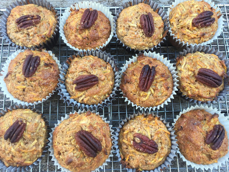 """""""Dirty Eating"""" Apple & Carrot Muffins"""