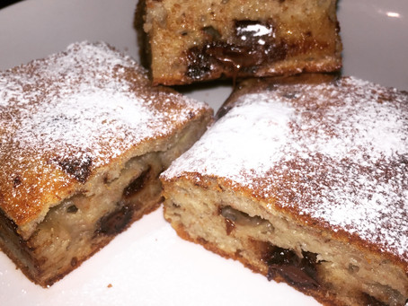 Delicious Banana and Chocolate Squares
