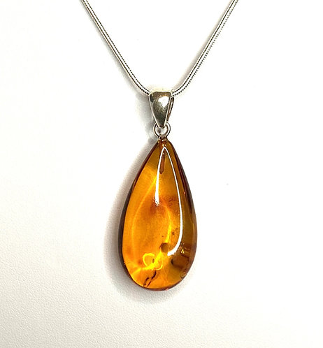 Baltic Amber Medium Pendant Necklace