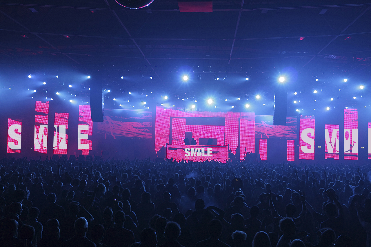 SMILE MUSIC FESTIVAL STAGE