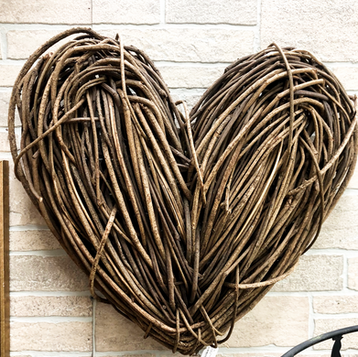 Farmhouse Heart Home Decor.png