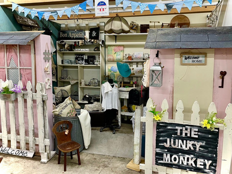 A Guide to Antique Booth Mastery: Everything You Need to Start Selling