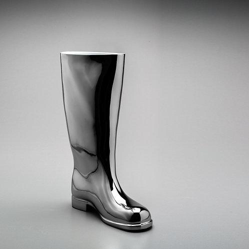 Stříbrná váza holinka