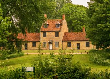 Linford Manor Park 1