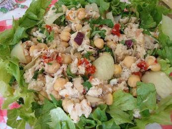 Salada de Peixe com Grão-de-Bico