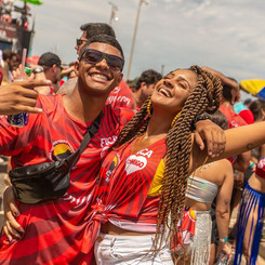 Desfile Oficial Pré-Carnaval6_2902289233161551_70864584536940