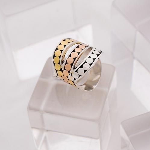 Triple Infinity Ring