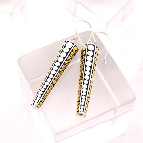 Solid Arrowhead Earrings (Small)