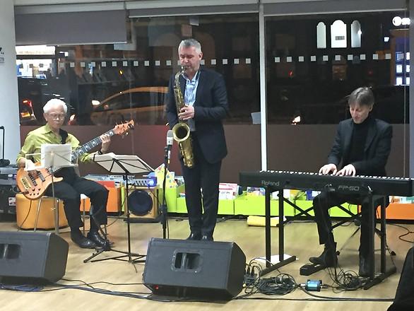 Timepiece Jazz Trio @Manor Park Library