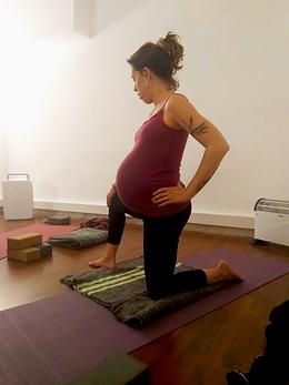 Yogaprenatal.png