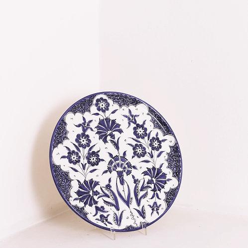 Navy Rose Cloves Plate