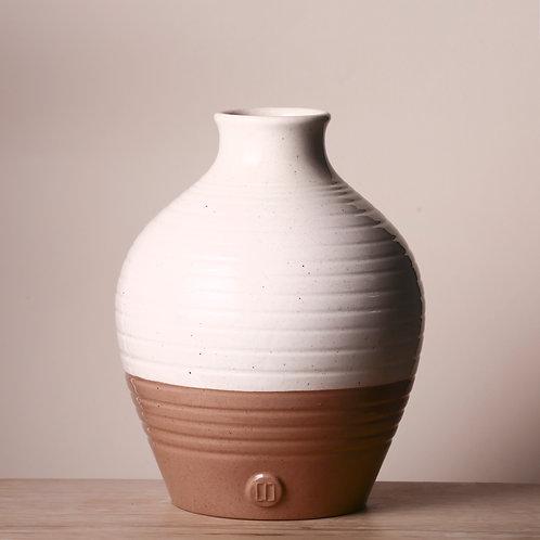 Round two tone vase
