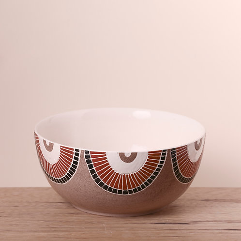 Eye print engobe salad bowl