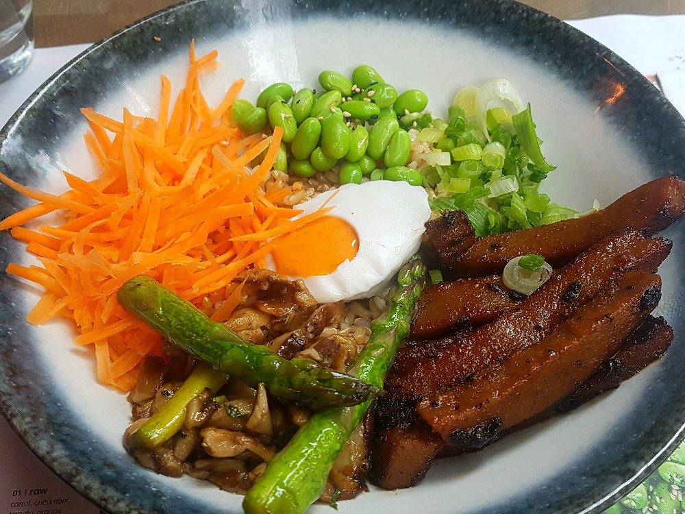 Wagamama's 'avant gard'n' vegan dish is one of my London life hacks to be healthier