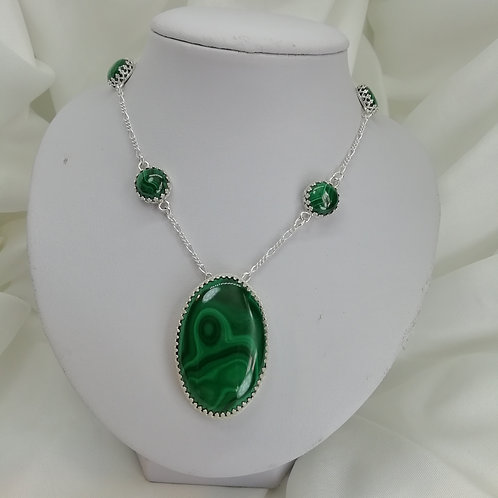 Malachite Cabochon Necklace