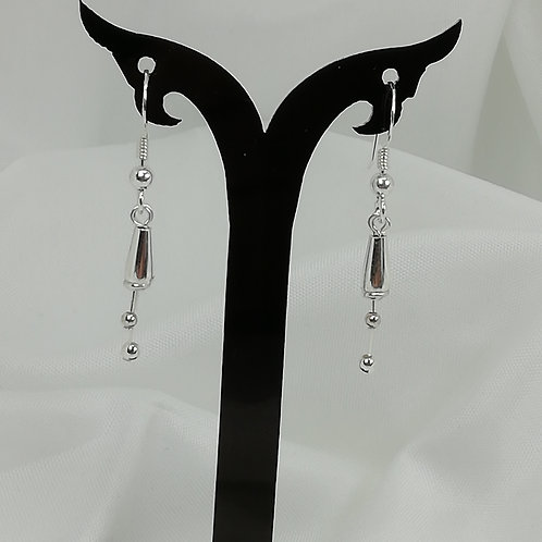 Dainty silver 'lillies' with silver stamens set on silver Earrings