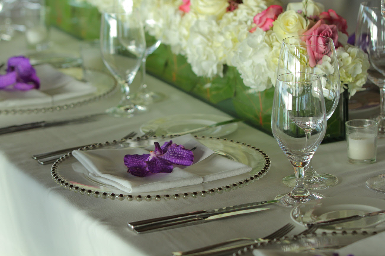 Couture-Concepts-Violet-PlaceSetting-CR