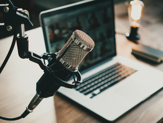 Créer des podcasts médicaux pratiques & passionnants